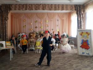 """Театрализованное представление """"Магазин игрушек"""" 08"""