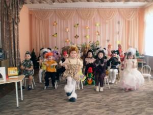 """Театрализованное представление """"Магазин игрушек"""" 09"""