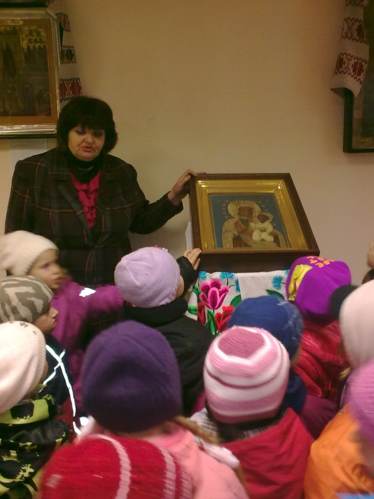 У местночтимой иконы Васьковской (Ельской) Богоматери