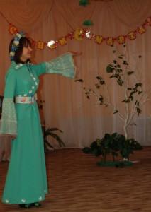 Спасибо вам за этот день, за похвалы все в честь мою! В подарок милой детворе я чудо-дерево дарю.