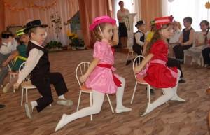"Танец ""Летка-енка"""