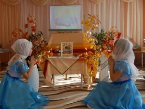 Каждый православный праздник начинается с преклонения иконе
