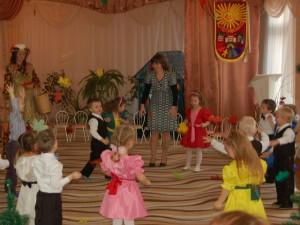 Осень – Настоящий листопад Нам устроил детский сад!