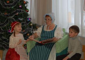 Герда - Бабушка, а вьюга такая, как сейчас? А королева снежная не достанет нас?