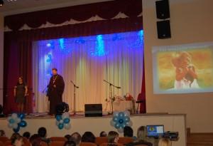 Фестиваль благословил священник храма Святой Живоначальной Троицы протоиерей Георгий