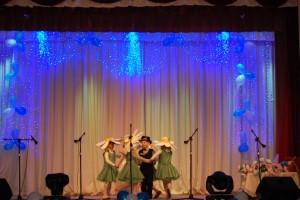 Песня и танец  «Ромашка»