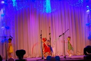Танец с лентами «Разноцветное лето»