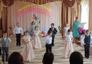 Танец «Прощайте, игрушки»