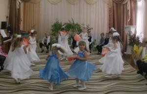 Танец «Мама»