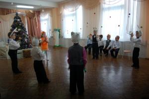 Танец зайчиков с бубнами