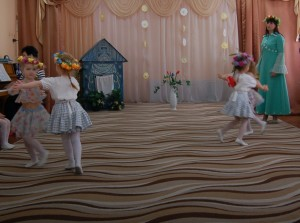 Танец «Цветочки»