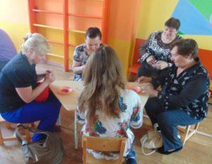 Мастер-класс проводит руководитель физического воспитания Шорина Людмила Александровна