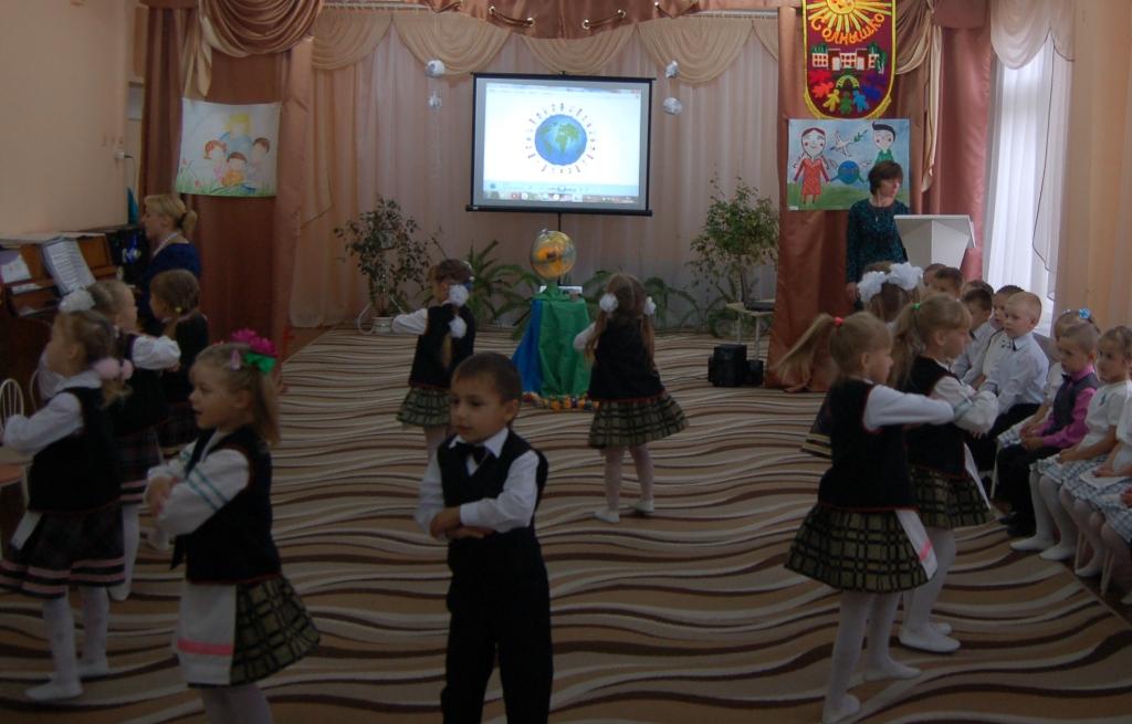 """Танец """"Белорусская танцевальная"""""""